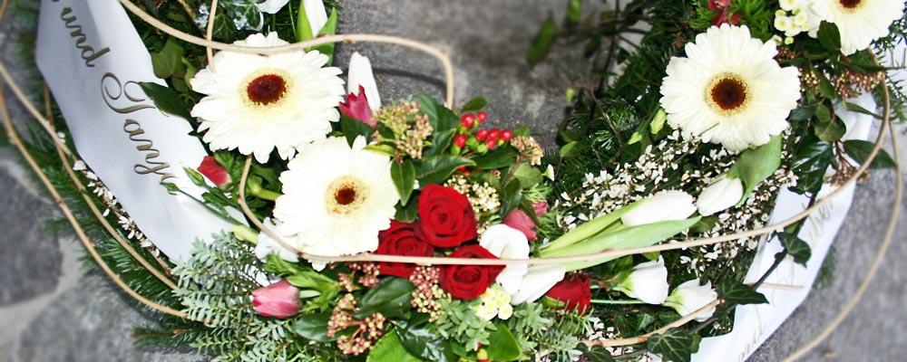 Blumen Naturelle  Elzach - Trauerdekoration